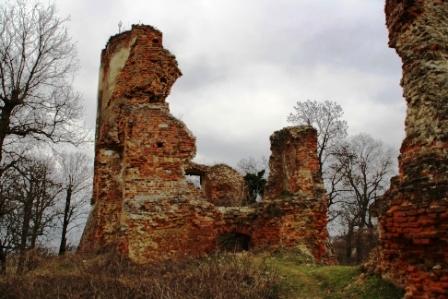 Cetatea Ardud, turnul de sud-est